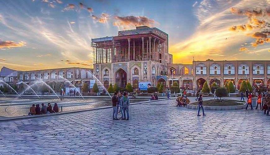 Ālī Qāpū Palace - Isfahan