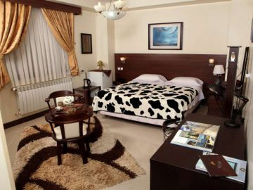 Online Booking Part Hotel - Isfahan - Budget Travel To Iran | TAP Persia