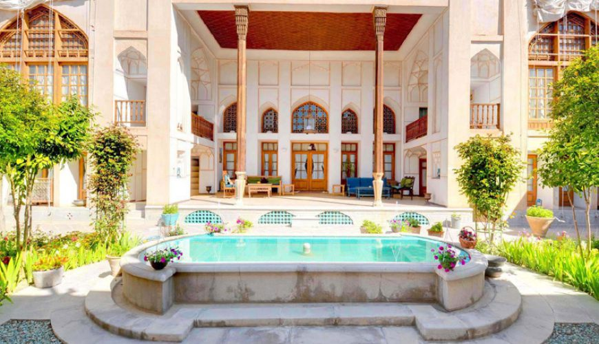 Bekhradi Traditional Hotel - Isfahan - Budget Travel To Iran | TAP Persia
