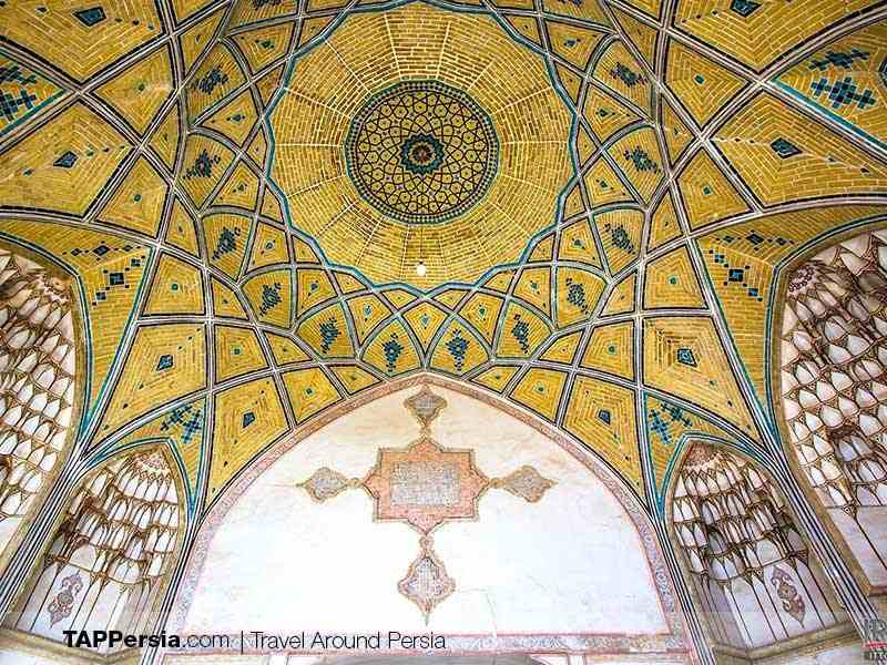the interior design of Agha Bozorg Mosque