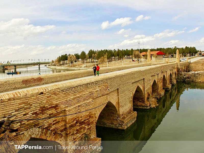 Varzaneh Walking Tour - TAP Persia