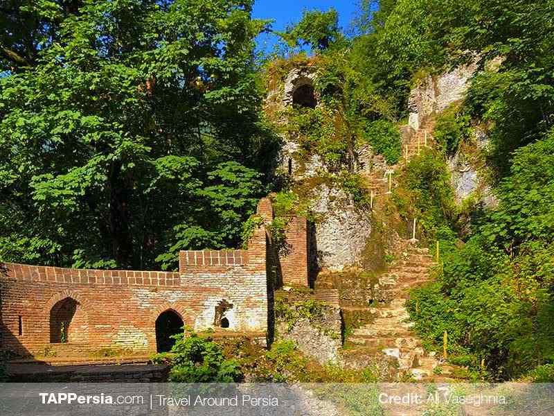 Rudkhan Castle (Qaleh Rudkhan) - Rasht Top Attractions - TAP Persia