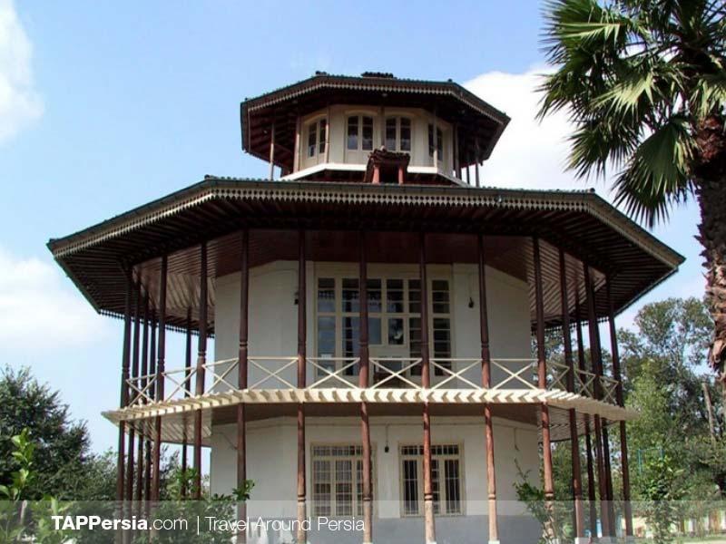 Mohtasham Garden - Kolah Farangi Mansion - Iran