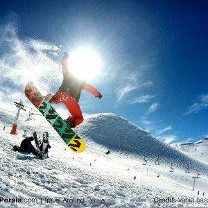 Skiing-in-Iran-3