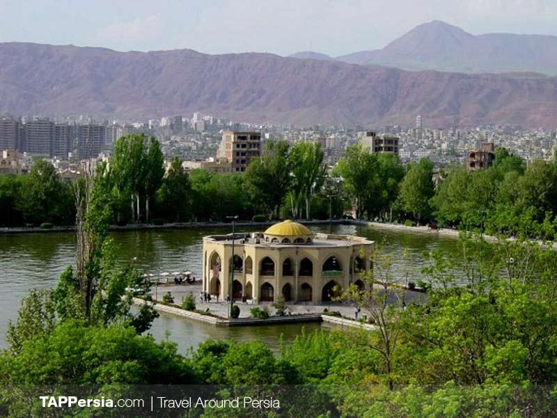 El Goli-Tabriz Metro