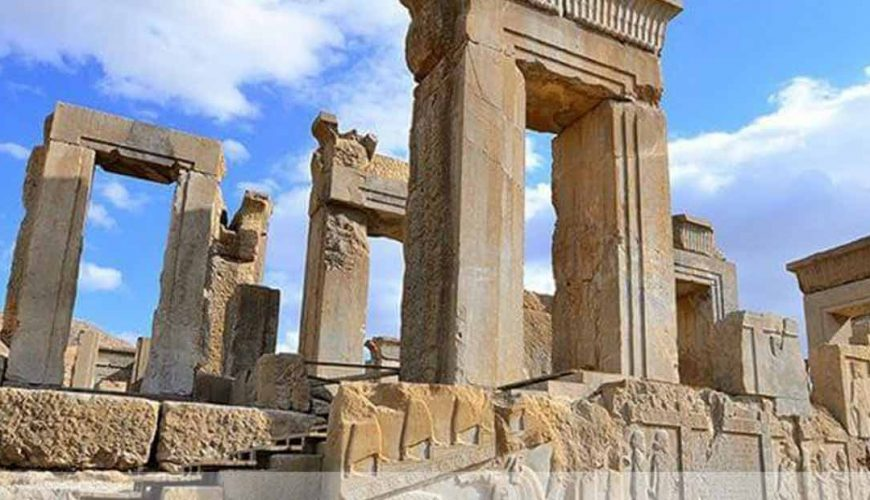 Persepolis - Isfahan to Shiraz Pick up Tour
