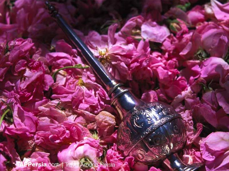 Kashan Rosewater - the best quality of Rosewater in Kashan