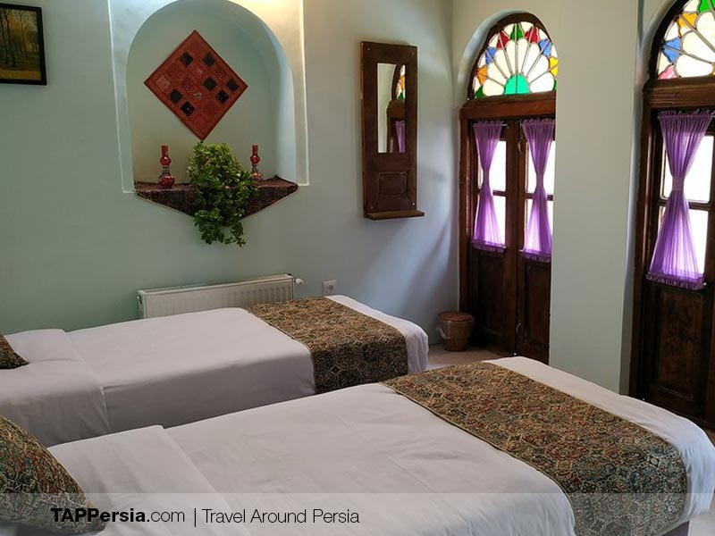 Lotus Guesthouse - Best Hotels in Shiraz
