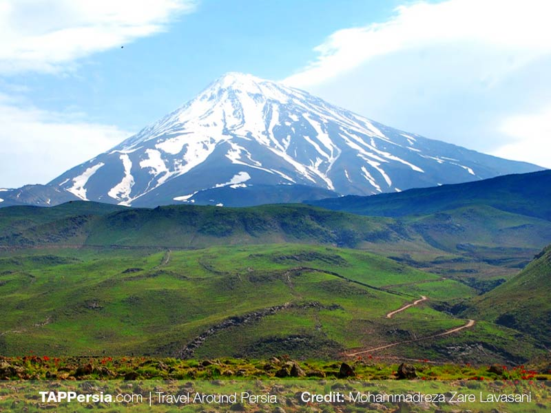 4 Damavand Mountain - Iran 10 top natural attractions