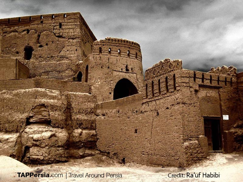 Citadels in Iran - Narin Castle - Tappersia