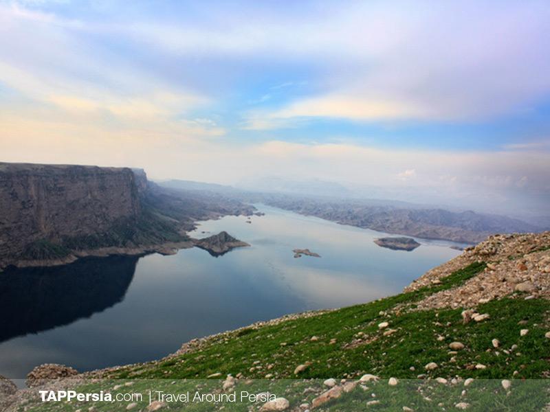 Epic Places in Iran - Pâmenâr